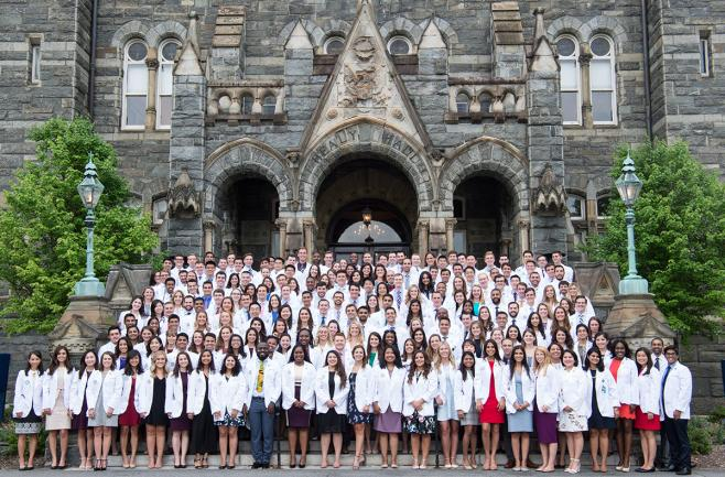 A large group shot of medical students in the Class of 2022